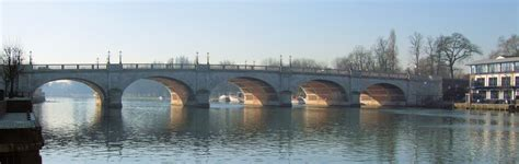 file kingston bridge over the thames london jpg file kingston bridge london jpg wikimedia commons