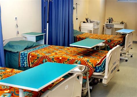 Recovery Room Description by File Recovery Room Inside The Regional Hospital In Kandahar Jpg Wikimedia Commons