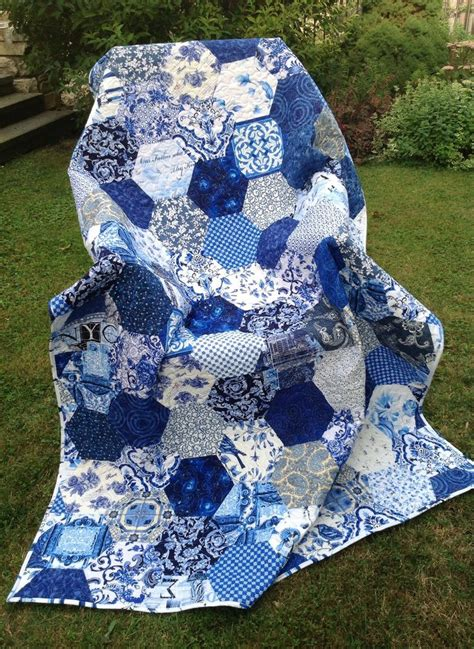 And Blue Quilt by 25 Best Ideas About Blue Quilts On Denim