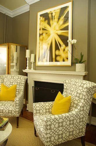 Yellow Walls Grey Ceiling Yellow Grey Above The Mantel Madness