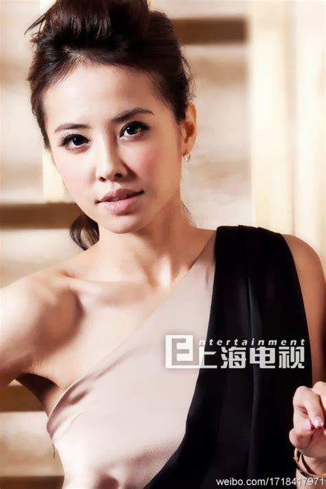 Jolin Dress by Hair Makeup And Dress On Jolin Tsai 蔡依林