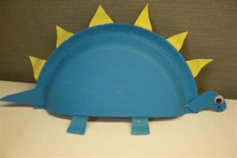 Kindergarten Paper Crafts - stegosaurus paper plate craft preschool education for