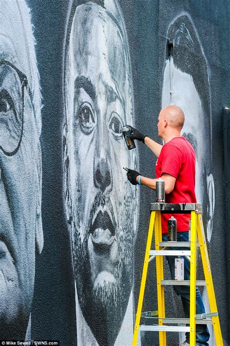 spray painter leicester leicester city s premier league title heroes immortalised