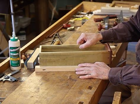 video making drawer supports  furniture case