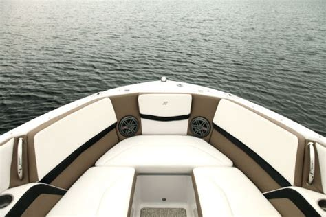 facing the bow of a boat where is the port side four winns h230 2015 2015 reviews performance compare