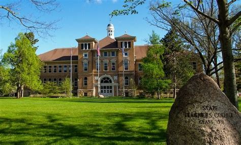 Uwsp Mba by Top 10 Best Colleges In Wisconsin Value Colleges