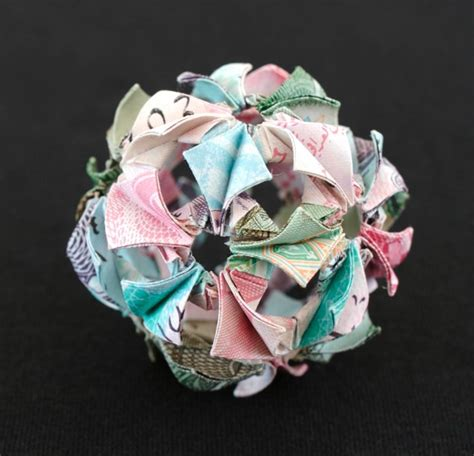 Origami In Bloom - arabesque kusudama matters of grey