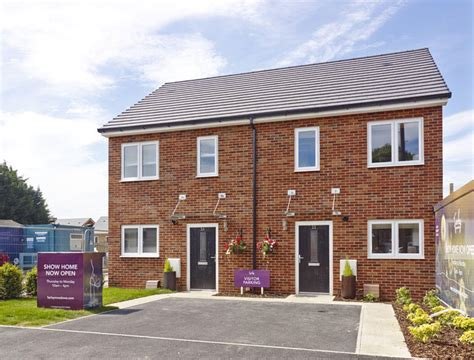 2 bedroom house for sale in luton 2 bedroom semi detached house for sale in farley meadows