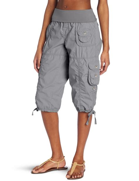 are cargo capris still in style womens cargo capris pants with awesome style in singapore
