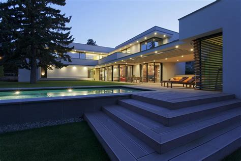 modernday houses modern day bauhaus home is a contemporary masterpiece