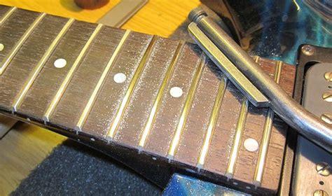 Nitrolack Gitarre Polieren by Kreuchwig Guitars Reparaturen Von E Gitarren Und B 228 Ssen