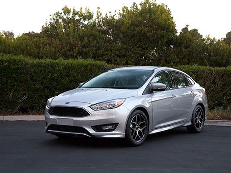 Ford Compact Cars by Compact Car Comparison 2015 Ford Focus Kelley Blue Book