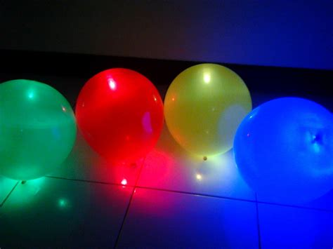 Balon Pesta Helium Led Luminious balon semarang media promosi anda balon led