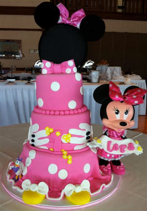Minnie Mouse Birthday Decorations by Planning A Terrrific Minnie Mouse Birthday Jareceqyk