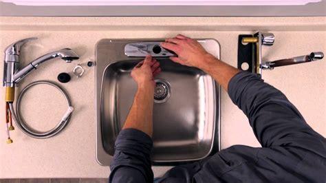 fixation robinet evier rona comment installer ou remplacer un robinet sur un