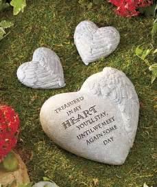 Memorial Rocks For Garden The 25 Best Memorial Gardens Ideas On Memorial Garden Stones Memorial Stones And