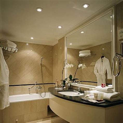 hotel bathroom design top 25 ideas about luxury hotel bathroom on