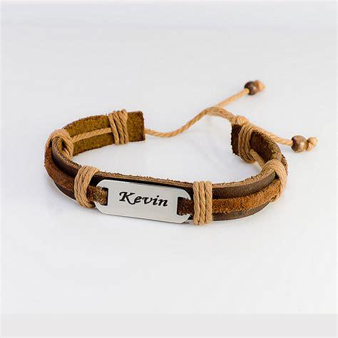 wrought engraved leather bracelet