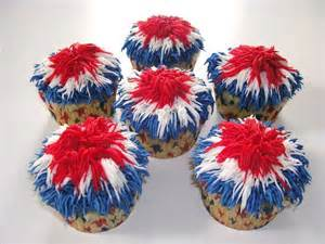 celebrate 4th of july with festive cupcake desserts