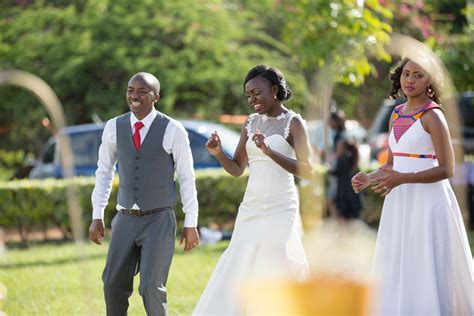 Wanja & Bonface :: Kenya Utalii & Safari Park Hotel Kenyan