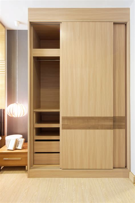Slide Door Wardrobe by Sliding Wardrobe Doors Sliding Wardrobe Interior Design Tips