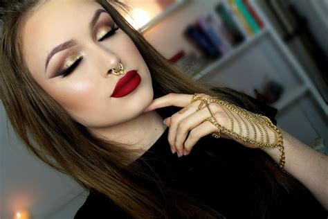 tutorial de blogger 2015 tutorial de olho esfumado com glitter dourado e batom vermelho