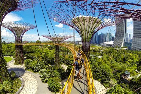 singapores gardens   bay