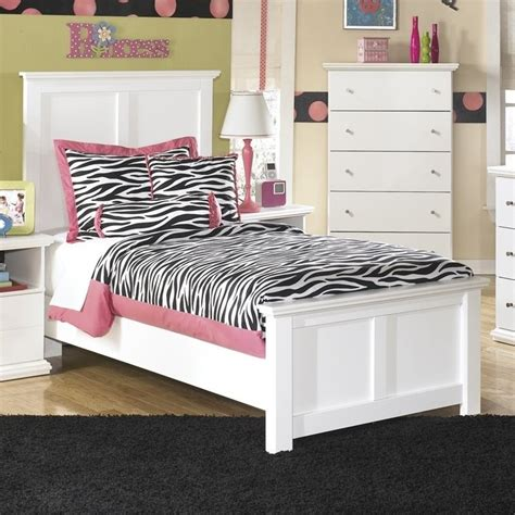 twin bed ashley furniture ashley bostwick shoals wood twin panel bed in white b139