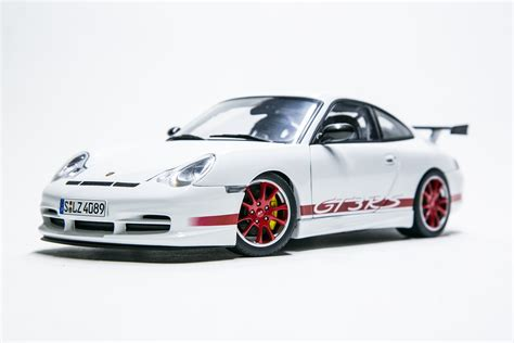 Diecast Porsche Gt3 Rs 18diecast 1 18 scale diecast model cars 187 porsche