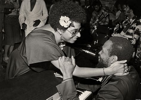 Was Marvin Gaye A Cross Dresser by Marvin Gaye Funeral Pictures To Pin On Pinsdaddy