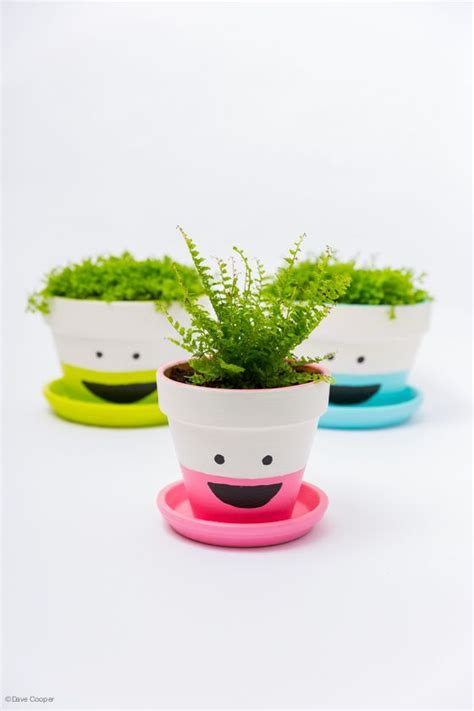 Flower Pots With Faces On Them by Fun Ways To Decorate Your Flower Pots Best Home Design