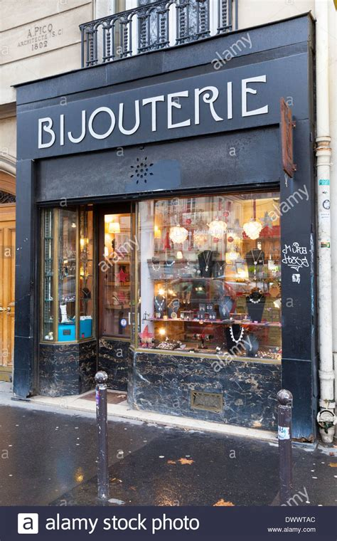 how to make a lightbox for photographing jewelry bijouterie jewelry store boulevard beamarchais