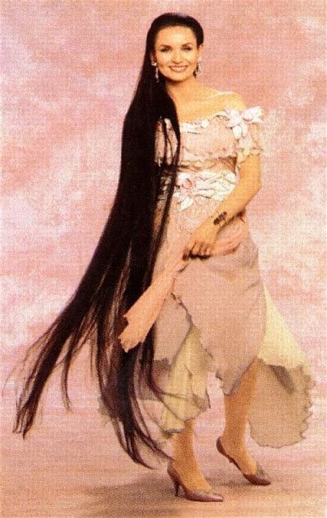 country singer with hair to the floor crystal gayle hair hairstyle gallery
