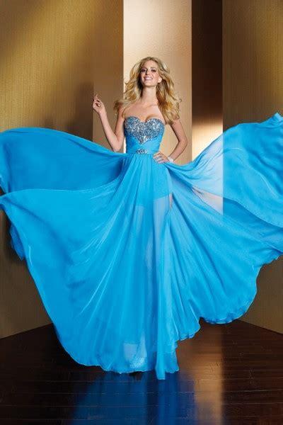 tesettr abiye elbise modelleri 2013 bakml kadn modanın baş tacı şık gece kıyafetleri yeni sezon trend