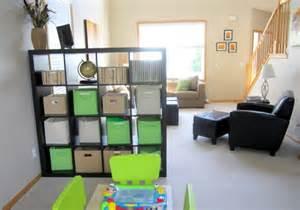 raumteiler für wohnzimmer de pumpink wandfarbe beere grau