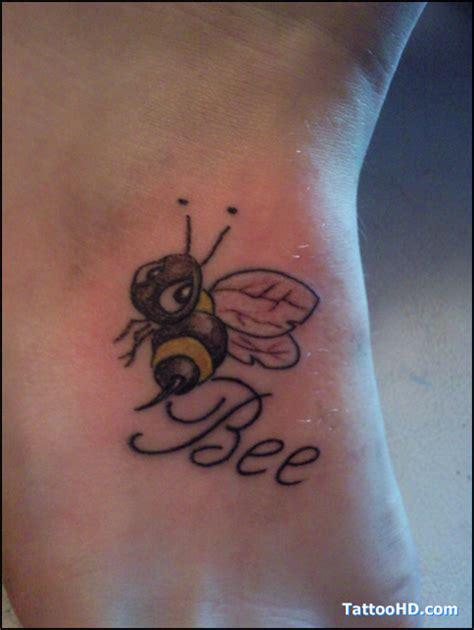tattoo lettering honey tattooshoppers com 187 patron bee tattoo tats pinterest