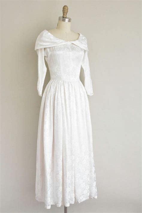 1940s Vintage Wedding Dresses by 17 Best Ideas About 1940s Wedding Dresses On