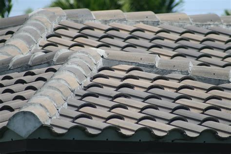 Cement Tile Roof New Concrete Tile Roof Roof Repairs New Roofs In Miami