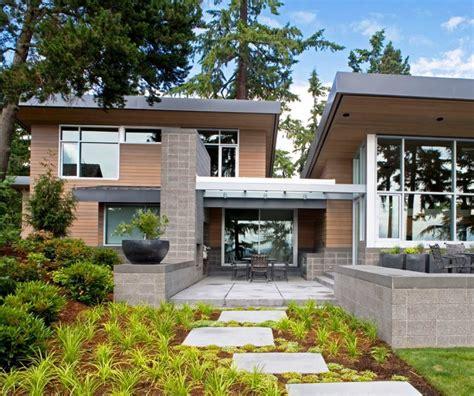 Modern Rambler Home Design แบบบ านไม ผสมป นช นเด ยว เพดานส งโปร งน าสบาย