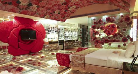 theme love hotel tokyo 10 role playing quot love quot hotel rooms travel galleries