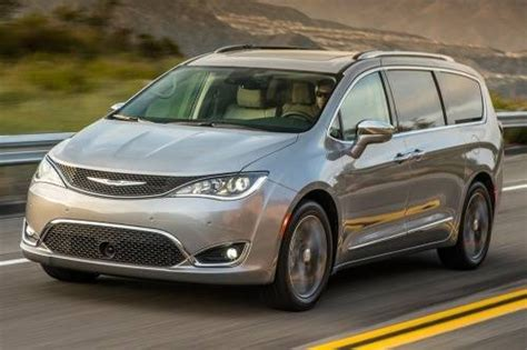 is chrysler an american car chrysler car prices models carhagg changing the way