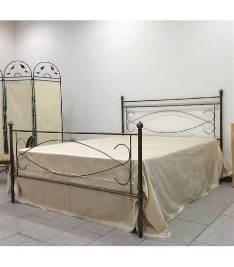 letto matrimoniale in ferro letto matrimoniale in ferro battuto spark spazio casa