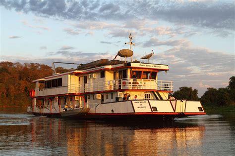 house boat adventures jaguar house boat vaya adventures