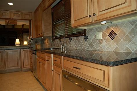 kitchen backsplash pinterest like tile and backsplash home ideas pinterest