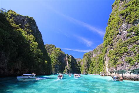 complete guide to the phi phi islands in thailand phi phi island gold speedboat tour phuket travel shop