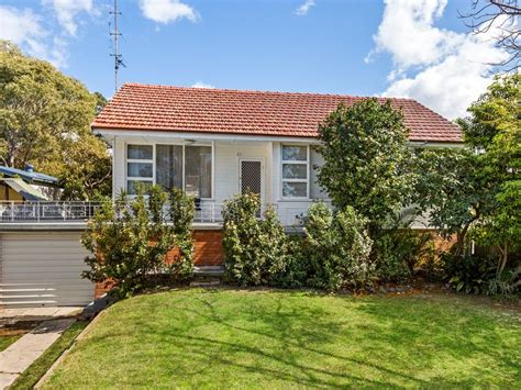 dudley road charlestown nsw  house  sale