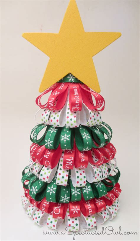 diy unique christmas trees ideas you should try this year