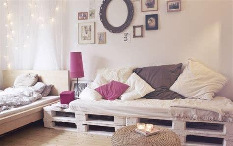 Maravillosa  Cojines Para Sofas De Jardin #9: Palette-en-canape.jpg