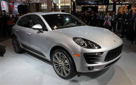 porsche toronto toronto 2015 porsche macan canadian debut the car guide