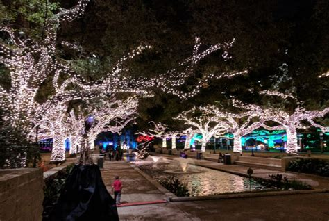 zoo lights 2017 houston houston zoo lights 2017 beat the crowds at houston s